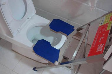 new squatting platform, toilet squatting device, toilet squatting platform with sitting toilet